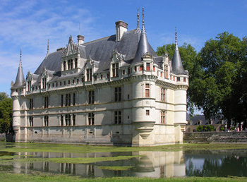 Loire Valley Castles, classic and Renaissance