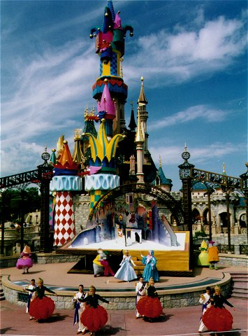 Day trip to Disneyland Paris for kids