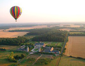 A hot-air balloon ride over Château Chenenceau - or a helicopter ride over the Château de Versailles