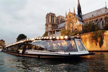 Night Boat Tours In Paris